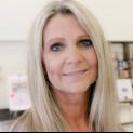 Blondine van 53 is gescheiden en zoekt nu een nieuwe man